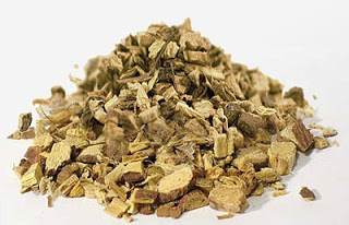 Liquorice_Licorice_Glycyrrhiza-glabra_chopped_root